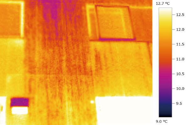 低い熱伝導率