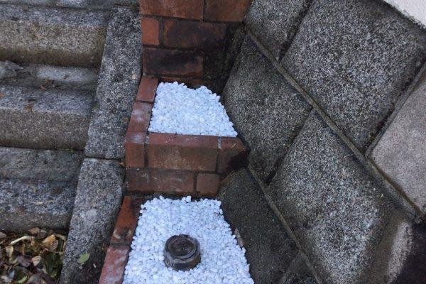横浜市で花壇の修復作業